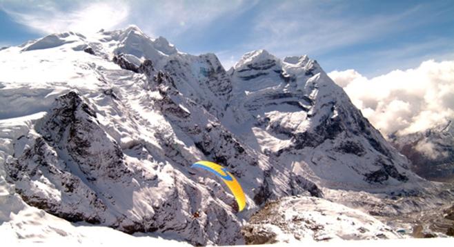 Yoga & Paragliding into thin air
